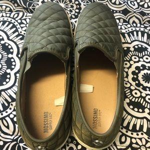 Slide on shoes